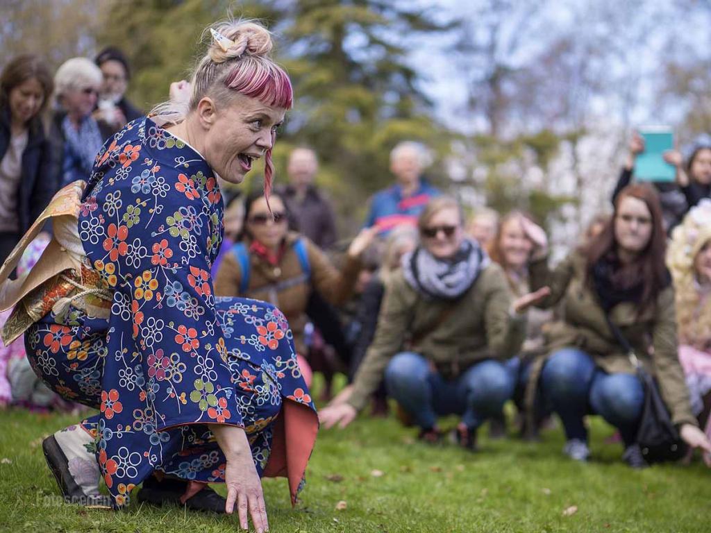 Hanami i Botaniska trädgården Göteborg 2015 09 Ami Skånberg