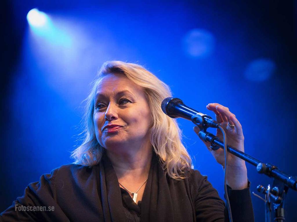 Louise o Meja 2015 06