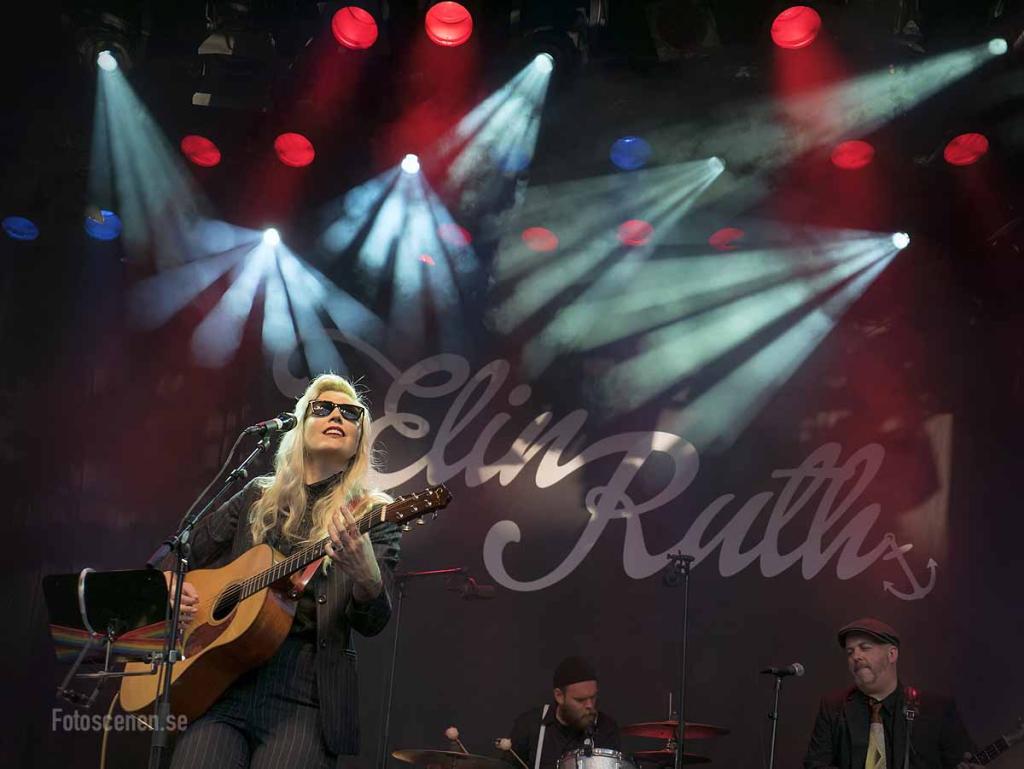 Elin Ruth 2015 08