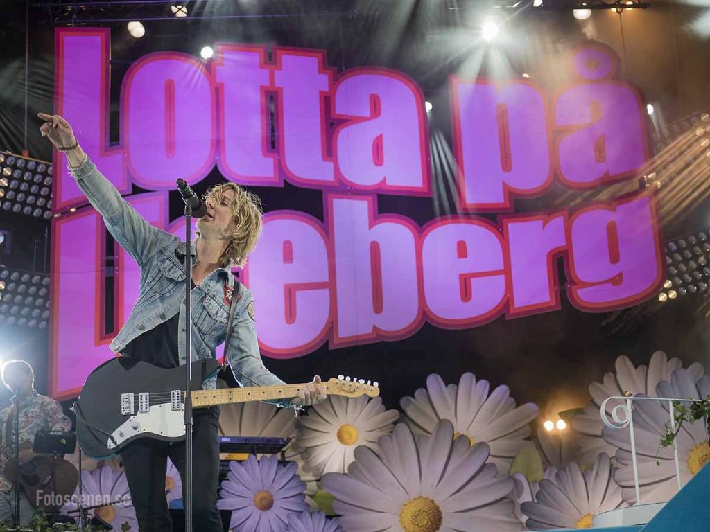 Lotta på Liseberg 2015 13 Love Antell