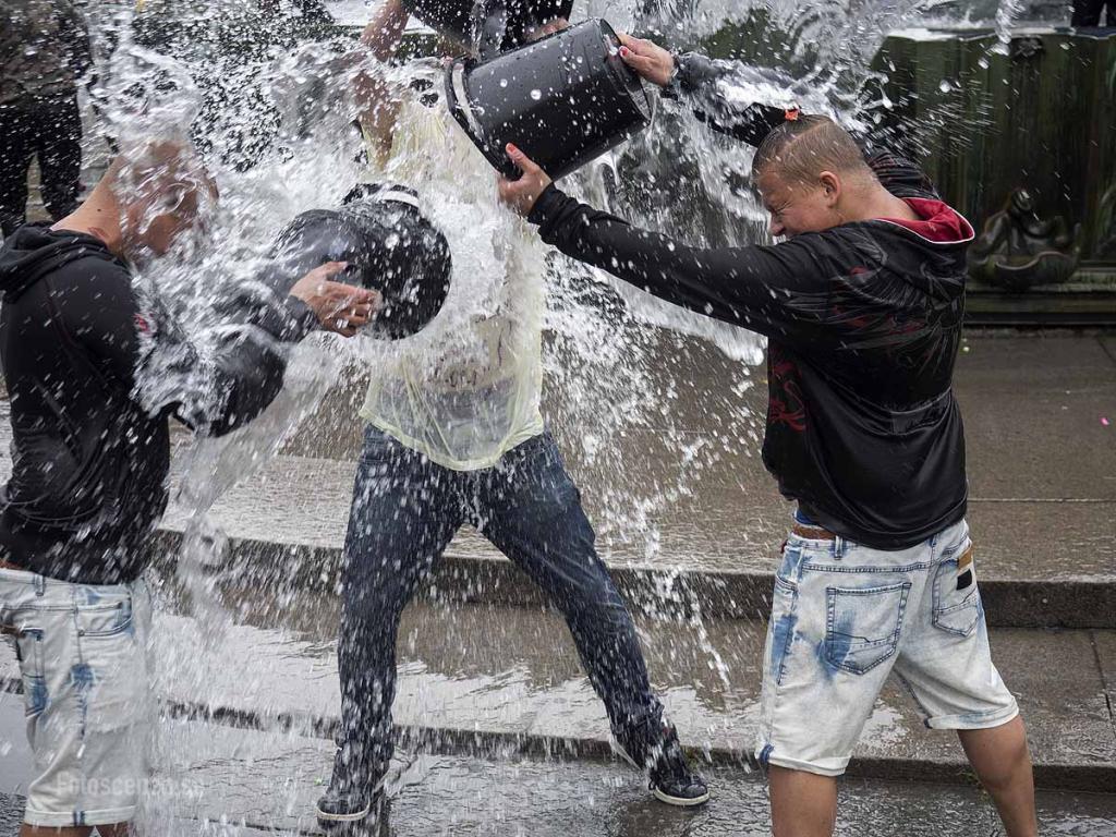 Vattenkrig Götaplatsen 2015 08
