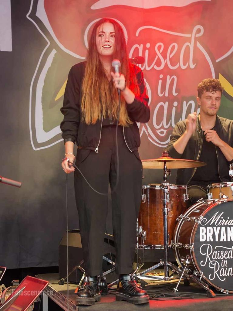 Miriam Bryant tbt 2015 07